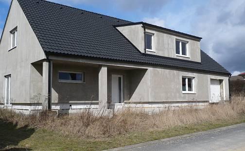 Prodej domu 210 m² s pozemkem 861 m², Klučov, okres Třebíč