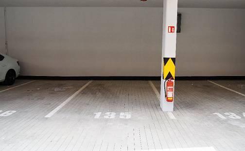 Pronájem Pronajmu garážové stání Honzíkova ul. Štěrboholy, Honzíkova, Praha 10 - Dolní Měcholupy