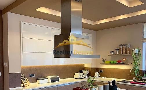 Prodej domu 300 m² s pozemkem 722 m², Bulharská, Česká Lípa