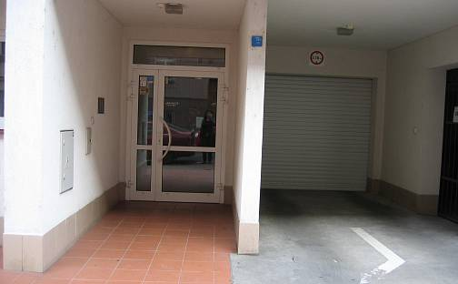 Pronájem garážového stání, Sinkulova, Praha 4 - Podolí