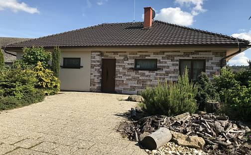 Prodej domu s pozemkem 870 m², Třebíč