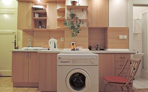 Pronájem bytu 1+kk, 27 m², Lucemburská, Praha 3 - Vinohrady