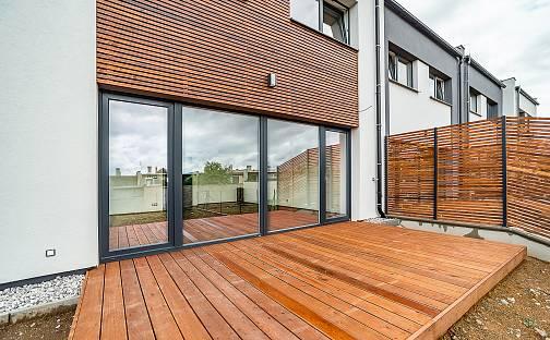 Prodej domu 171 m² s pozemkem 381 m², Pod Kopcem, Plzeň