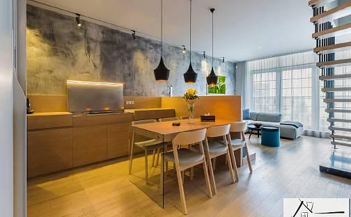Prodej bytu 3+kk, 104 m², V Roháči I., Jesenice