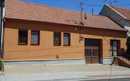 Prodej domu 200m² s pozemkem 1346m², Uherský Brod, okres Uherské Hradiště