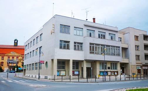 Pronájem kanceláře, nám. Dr. E. Beneše, Holešov, okres Kroměříž