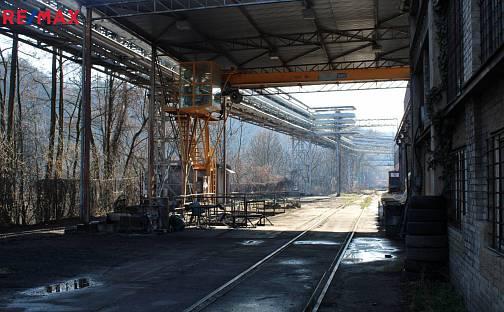 Pronájem skladovacích prostor 538m², Areál Šroubáren, Libčice nad Vltavou, okres Praha-západ