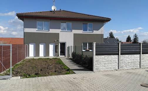 Prodej bytu 3+kk, 77 m², Polerady, okres Praha-východ