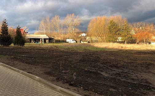 Prodej stavebního pozemku, 1025 m², Lípová, Úžice, okres Mělník