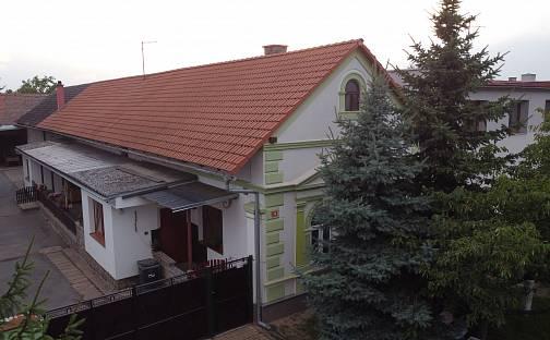 Prodej domu s pozemkem 1843m², Husova, Pňov-Předhradí - Pňov, okres Kolín