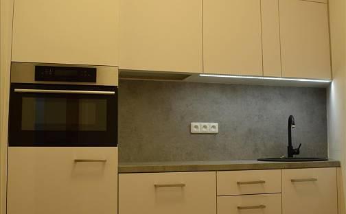 Prodej bytu 3+1 74m², Brno - Černá Pole