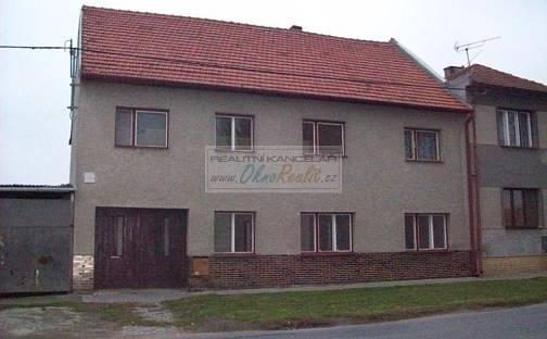 Prodej domu 117 m² s pozemkem 917 m², náměstí Svobody, Kojetín - Kojetín I-Město, okres Přerov