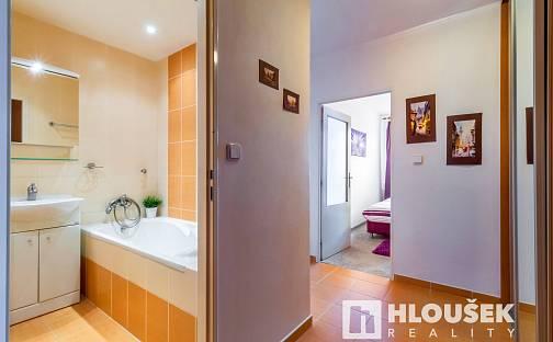 Prodej bytu 2+kk, 43 m², Lessnerova, Praha 10 - Petrovice