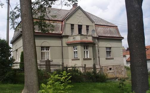 Prodej domu 267m² s pozemkem 2611m², Jarov, okres Plzeň-jih