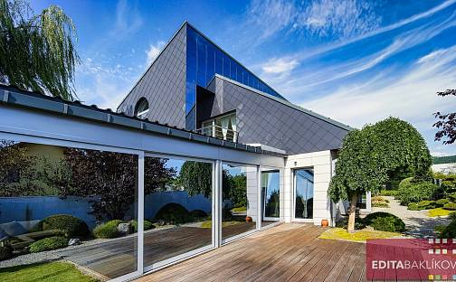 Prodej domu 250m² s pozemkem 1034m², Vinný vrch, Šternberk, okres Olomouc