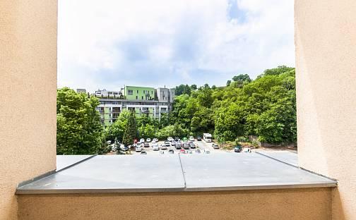 Pronájem bytu 1+kk 25m², Ostrovského, Praha 5 - Smíchov