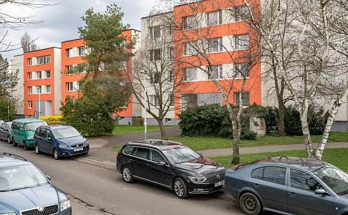 Prodej bytu 1+1 34m², Kukelská, Praha 9 - Hloubětín