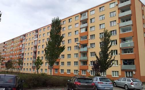 Prodej bytu 3+1 84m², Závodu míru, Karlovy Vary - Stará Role