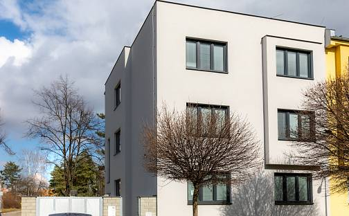 Pronájem bytu 3+1 74m², Lužická, Prostějov