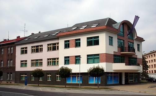 Pronájem kanceláře, 35 m², Šimkova, Hradec Králové