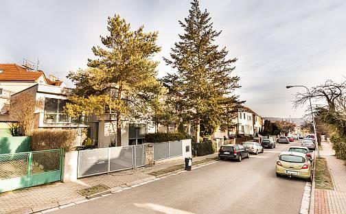 Prodej domu s pozemkem 205m², Brno