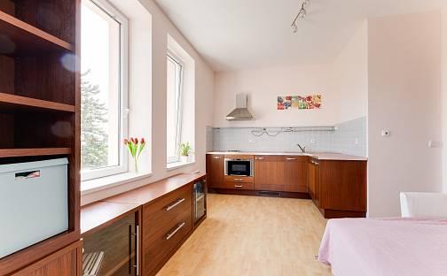 Pronájem bytu 1+kk, 29 m², Lipová alej, Praha 5 - Hlubočepy