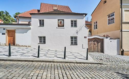 Prodej domu 122 m² s pozemkem 80 m², Hellichova, Praha 1 - Malá Strana