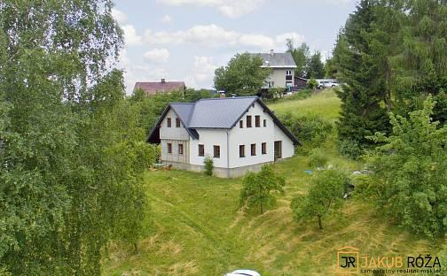 Prodej domu 221m² s pozemkem 1469m², Poniklá, okres Semily