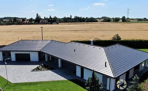 Prodej domu 294 m² s pozemkem 2743 m², Velké Přítočno, okres Kladno