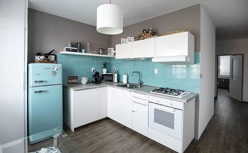 Prodej bytu 3+1, 77 m², Šantrochova, Hradec Králové - Moravské Předměstí