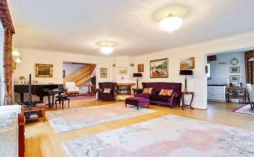 Prodej domu 500m² s pozemkem 3286m², Lipová, Mukařov, okres Praha-východ