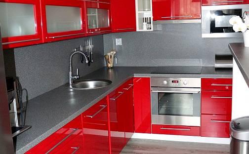Prodej bytu 4+1, 94 m², Žižkovo náměstí, Nové Strašecí, okres Rakovník