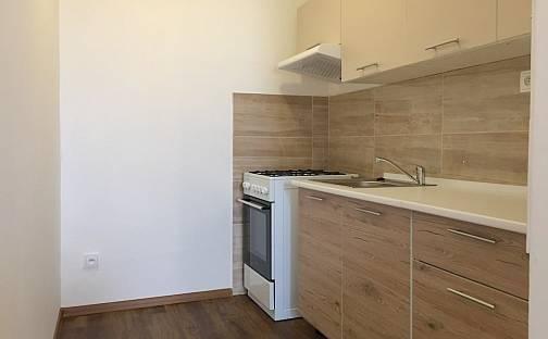 Pronájem bytu 2+kk, 42 m², Italská, Kladno - Kročehlavy
