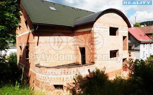 Prodej domu 654m² s pozemkem 635m², Kraslice, okres Sokolov