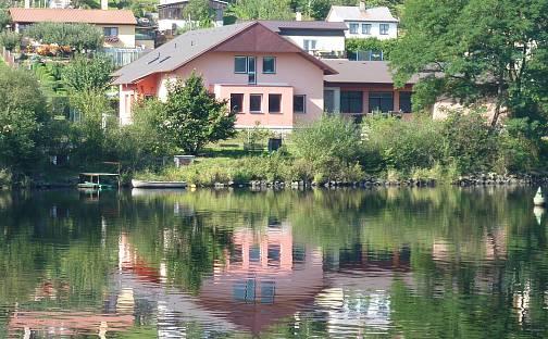 Prodej domu 420 m² s pozemkem 1506 m², Kamýk nad Vltavou - Velká, okres Příbram