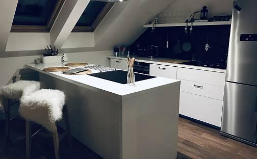 Pronájem bytu 3+1, 125 m², Gen. Eliáše, Čáslav - Čáslav-Nové Město, okres Kutná Hora