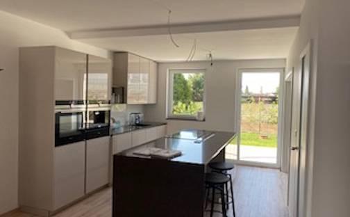 Prodej domu 125 m² s pozemkem 222 m², Rohožnická, Praha 9 - Újezd nad Lesy