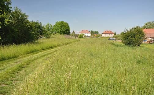 Prodej stavebního pozemku, 800 m², Úžice, okres Mělník