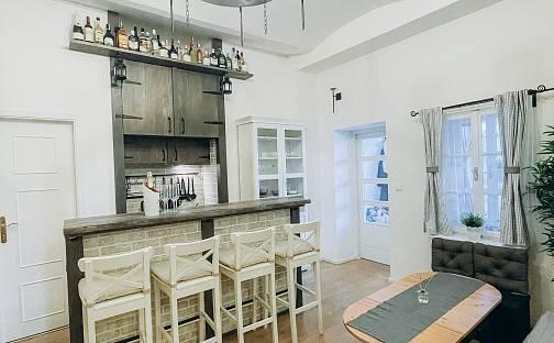 Prodej bytu 3+kk 55m², U Pernikářky, Praha 5 - Smíchov