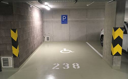 Pronájem garážového stání 18 m² Praha 3, Zvěřinova, Praha 3 - Strašnice
