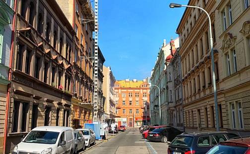 Prodej nájemního domu, činžáku 927m², Světova, Praha 8 - Libeň