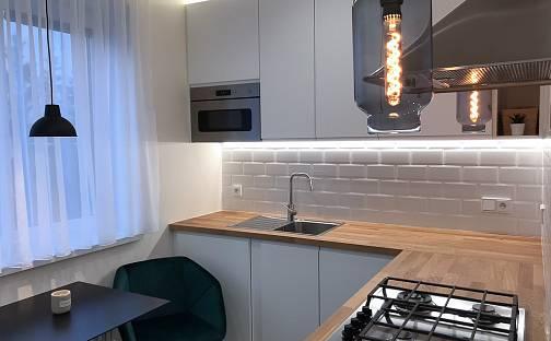 Prodej bytu 2+1, 53.46 m², Pospíšilova, Hradec Králové