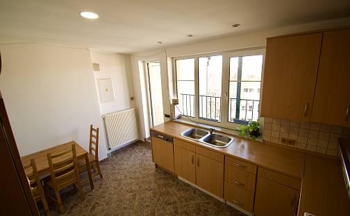 Prodej bytu 5+1 150m², Na valech, Praha 6 - Hradčany