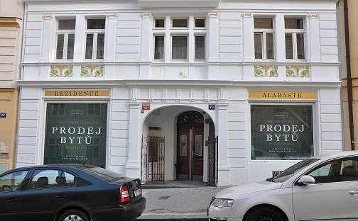 Prodej bytu 1+kk, 27.6 m², Školská, Praha 1 - Nové Město