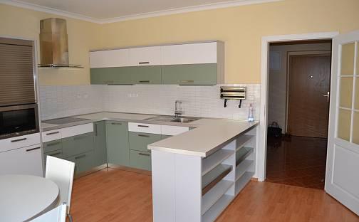 Prodej bytu 3+1, 118 m², Raisova, Karlovy Vary