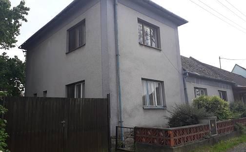 Prodej domu s pozemkem 435 m², Čáslavice, okres Třebíč