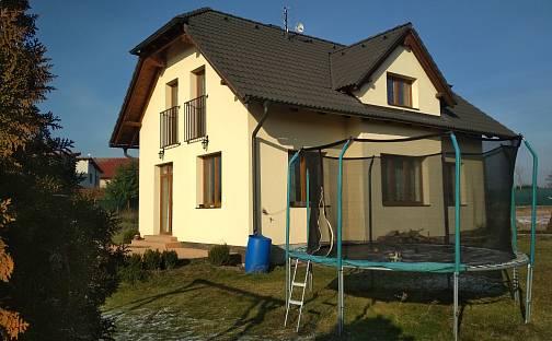 Prodej domu 121 m² s pozemkem 710 m², Holubice