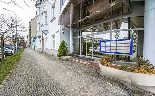 Pronájem kanceláře 59m², U průhonu, Praha 7 - Holešovice