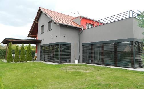 Prodej domu 312 m² s pozemkem 885 m², Praha 8 - Bohnice