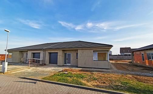 Prodej domu 140m² s pozemkem 611m², Rebešovická, Brno - Chrlice